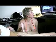 How Wife Tracy Handjob
