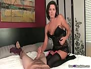 Milf Helena Over 40 Handjob Video