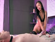 FemDom Black Sista Grinds Pussy To Make Man Cum